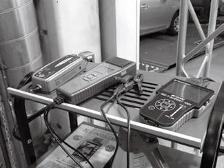 バッテリーテスター故障診断機